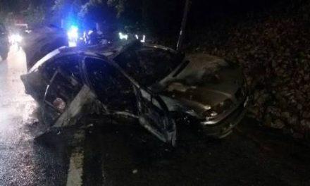 Empat remaja terselamat BMW terbakar