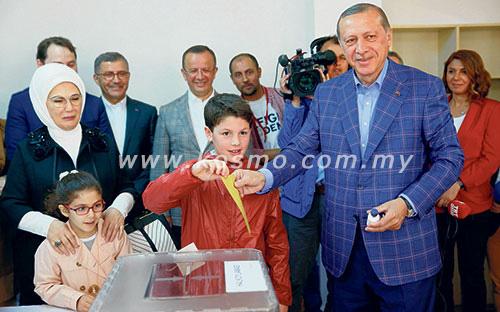 Pungutan suara di Turki bermula