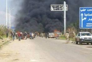 Puluhan maut dalam serangan bom terhadap konvoi bas di Aleppo Syria
