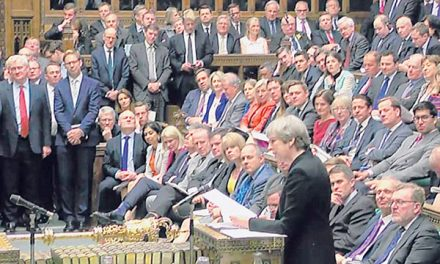 Parlimen Britain lulus usul  pilihan raya awal