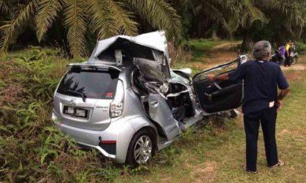 Wanita maut kereta langgar tayar treler tercabut