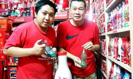 Dua generasi gilakan Coca-Cola