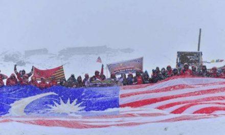 62 pengamal media, bomba berjaya cipta sejarah ke Annapurna Base Camp