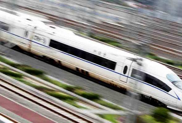 Projek landasan kereta api Thailand-China dijadual bermula 2017