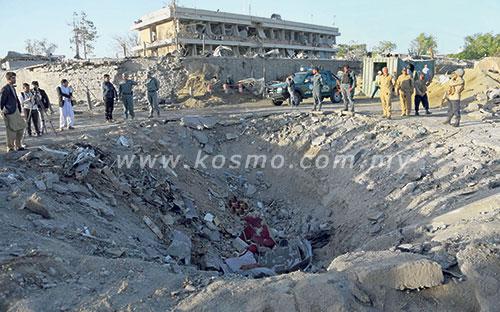 90 korban bom di Kabul