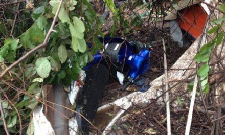 Penunggang motosikal maut dihempap pokok